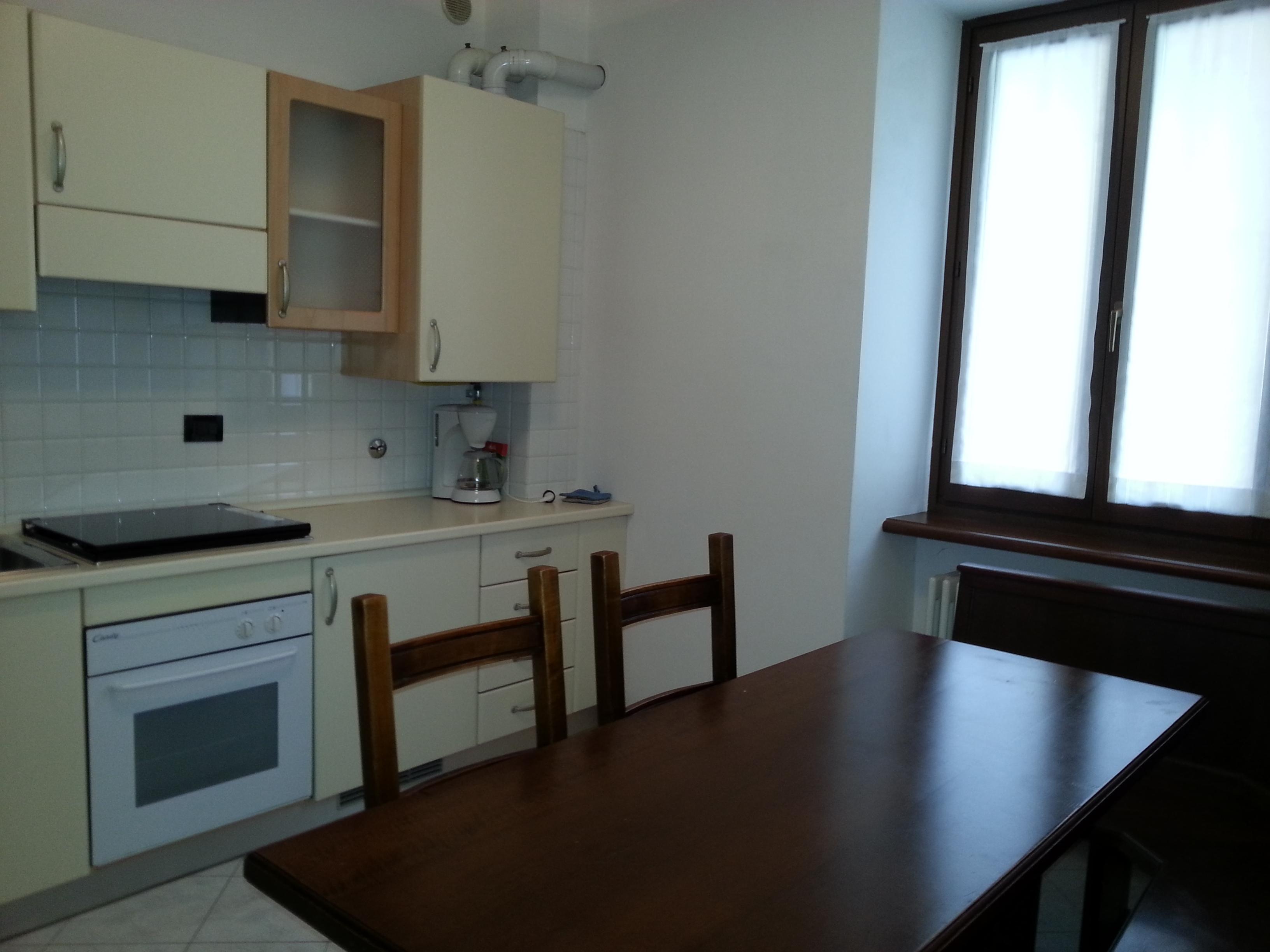 Appartamento con 2 camere da letto casa francesca for Appartamento con 2 camere da letto